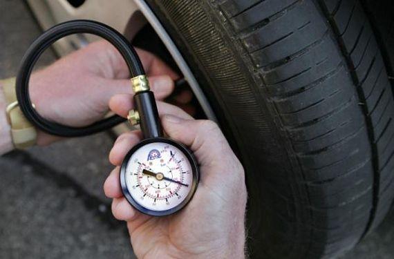 Verificarea_presiunii_pneurilor
