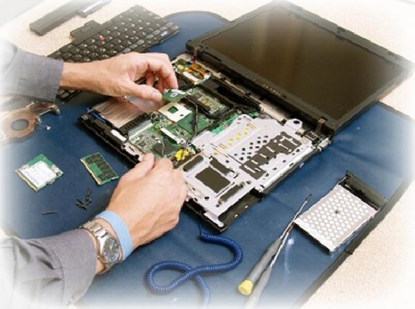 laptop-cu-probleme-reparatii-laptopuri-bucuresti_1