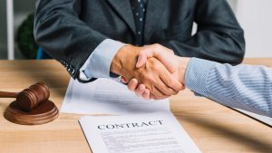 Cum alegi un avocat bun – sfaturi si sugestii